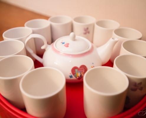訂婚儀式流程,喝甜湯,捧茶,壓茶甌,踩圓凳,戴戒指